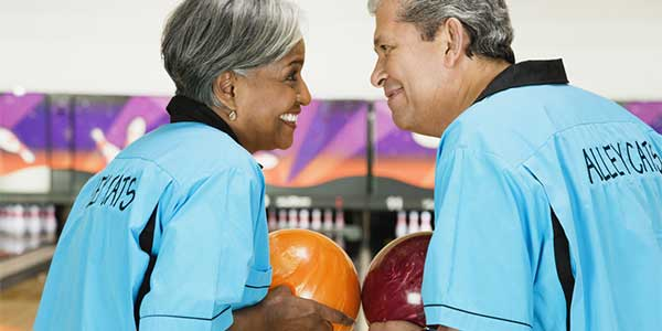 Over 50 singles in Phoenix fall in love bowling