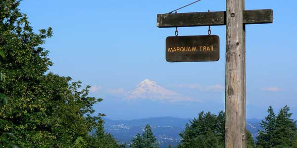Portland singles hiking the Marquam