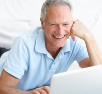 Senior man dating online