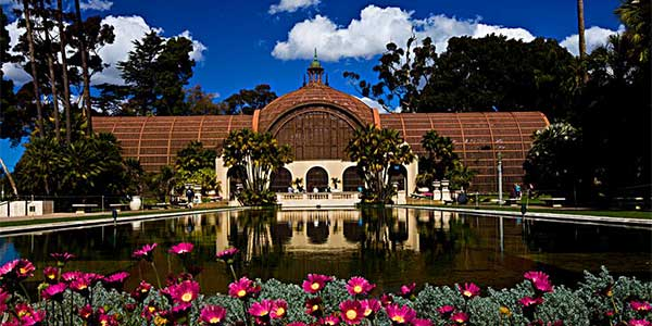Christian dating in San Diego at Balboa Park