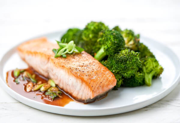 Paleo salmon recipe by Home Chef