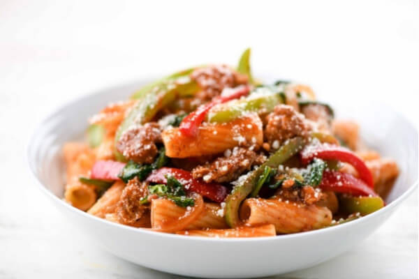 Italian Sausage and Peppers Rigatoni with Spinach and Parmesan