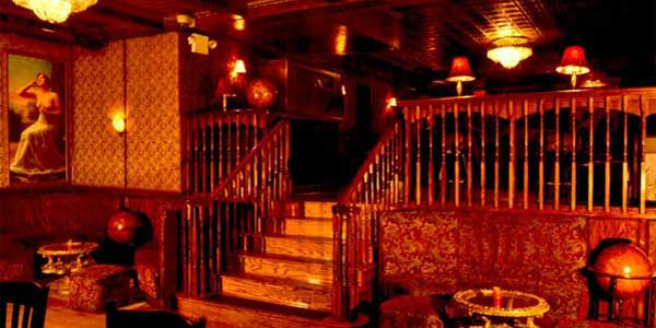Date hotspots in NYC – The backroom