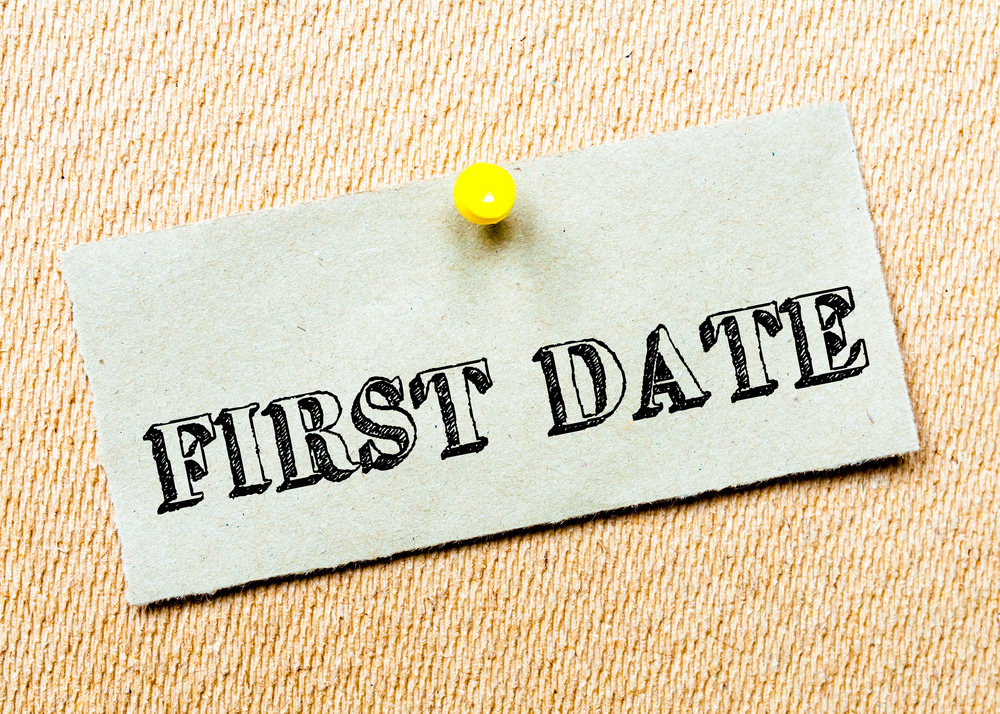 How to turn online dating into a date