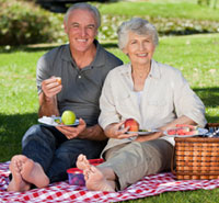 Over 60's dating ideas: a romantic picnic