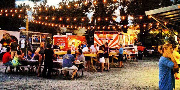 Singles in Atlanta at the Food Truck Park