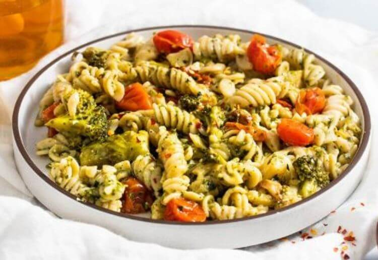 Brussel Sprout Walnut Pesto Pasta