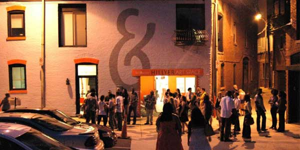 DC singles mingle at First Friday Dupont