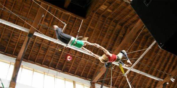 Daring date in Seattle at the Emerald City Trapeze