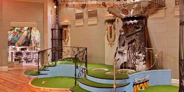 Dating in San Francisco at Urban Putt