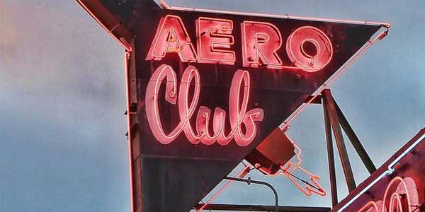 Dating in San Diego at the Aero Club