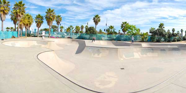 Dating in San Diego at the OB Skatepark